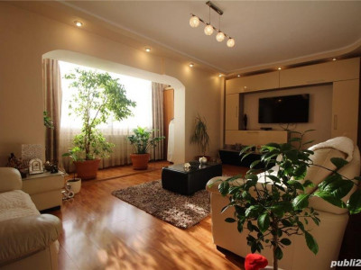 Inel I - Apartament decomandat cu 4 camere situat la etajul 1